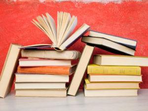 09 novels reading books sl1 300x225 - NHỮNG MẸO GIÚP BẠN CẢI THIỆN KĨ NĂNG ĐỌC (P2)